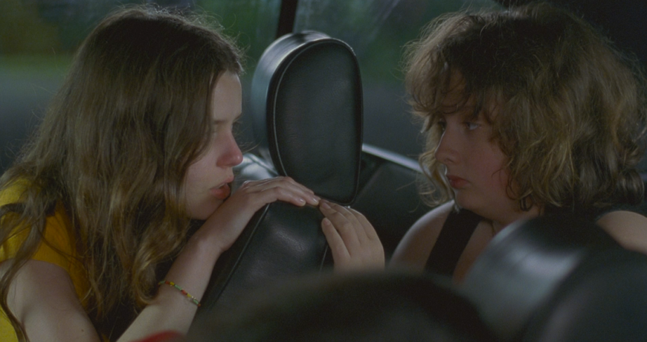 Roxane Mesquida and Anaïs Reboux are sisters at once as one and then next as enemies. Fat Girl, Catherine Breillat, 2001 Cinematography | Giorgos Arvanitis