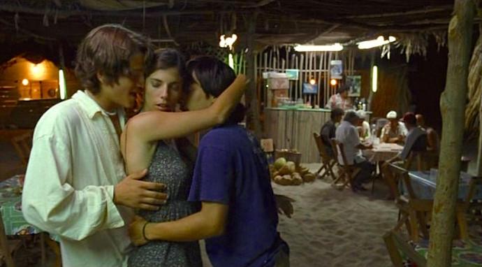 Maribel Verdú, Diego Luna and  Gael Garcia  Y Tu Mamá También Alfonso Cuarón, 2001 Cinematography | Emmanuel Lubezki