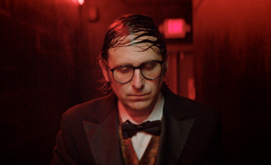 "Waiting to go ""on"" and ""off"" Gregg Turkington Entertainment Rick Alverson, 2015 Cinematography 