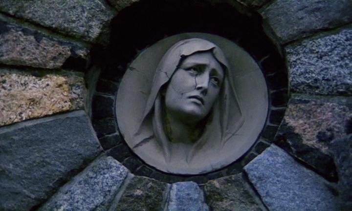 God, Faith, Spirituality, and Hope looks down... Szamanka Andrzej Zulawski, 1996 Cinematography | Andrzej Jaroszewicz