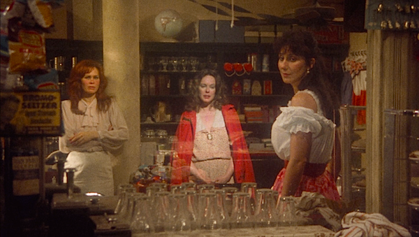 "Karen Black and Cher look through the mirror of time at Sandy Dennis' ""Mona""  Come Back to the 5 & Dime, Jimmy Dean, Jimmy Dean Robert Altman, 1982 Cinematography 