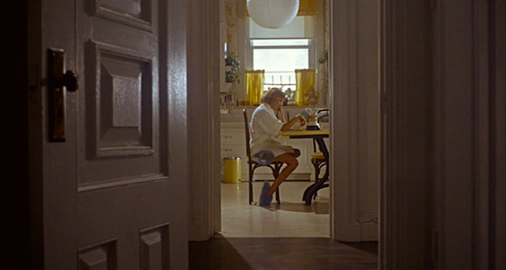 Rosemary alone with pain, loss, hurt, rape and her thoughts... Mia Farrow in that doorway Rosemary's Baby Roman Polanski, 1968 Cinematography | William A. Fraker