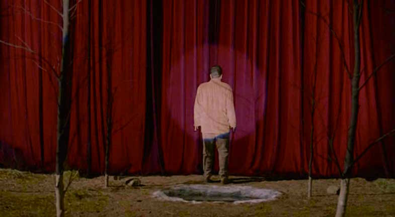 A pedophile, rapist and murderer: Dad prepares to have his torment, pain, sorrow and human cruelty. Twin Peaks: Fire Walk With Me David Lynch, 1992 Cinematography | Ronald Victor Garcia
