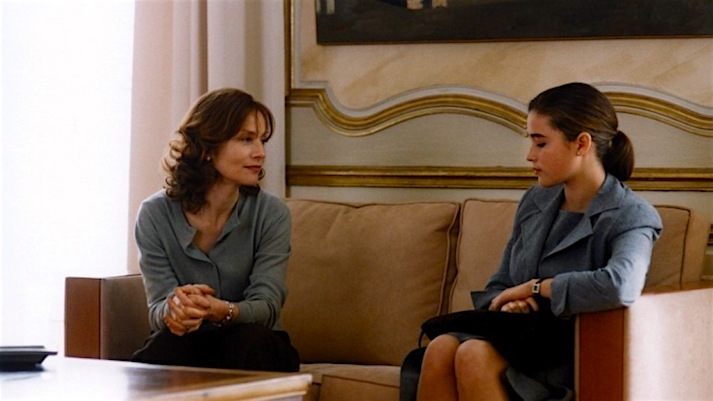 The wife and the would-be-mistress remain kind and gentle, but an undercurrent of resentment is just hanging like a vague threat above both of them. Isabelle Huppert and Vahina Giocante Keep It Quiet Benoît Jacquot, 1999 Cinematography | Romain Winding