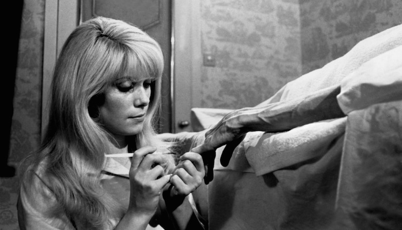 Auto-pilot at the salon... Catherine Deneuve REPULSION Roman Polanski, 1965 Cinematography | Gilbert Taylor