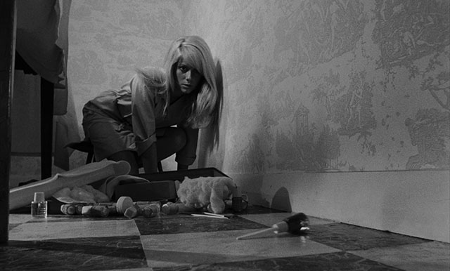 """I don't like them there."" Catherine Deneuve REPULSION Roman Polanski, 1965 Cinematography 