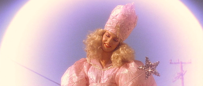 The Good Witch descends to offer some advice for Sailor... Sheryl Lee Wild At Heart David Lynch, 1990 Cinematography | Frederick Elmes