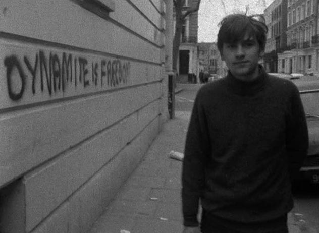 Just a bi-sexual boy walking through 1970 Notting Hill either on his way from or toward abuse at the hands of older suitors.  Kit Gleave in his only film role... Duffer Joseph Despins & William Dumaresq, 1971 Cinematography | Jorge Guerra