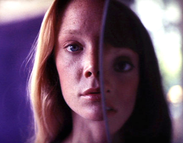 The battle for identity... Sissy Spacek / Shelley Duvall 3 Women Robert Altman, 1977 Cinematography | Charles Rosher Jr.
