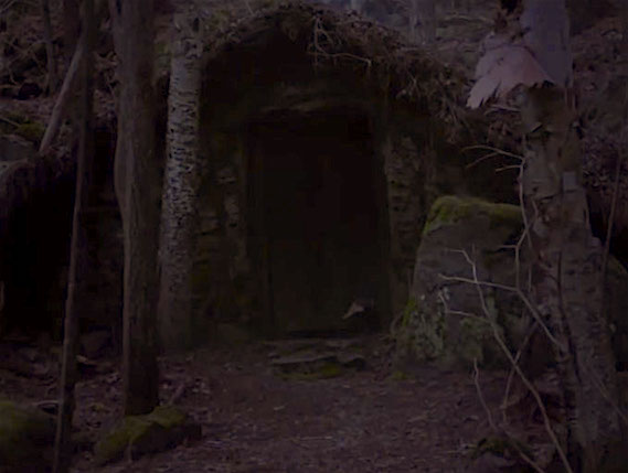 A witch's lair, perhaps? The Witch Robert Eggers, 2016 Cinematography | Jarin Blaschke