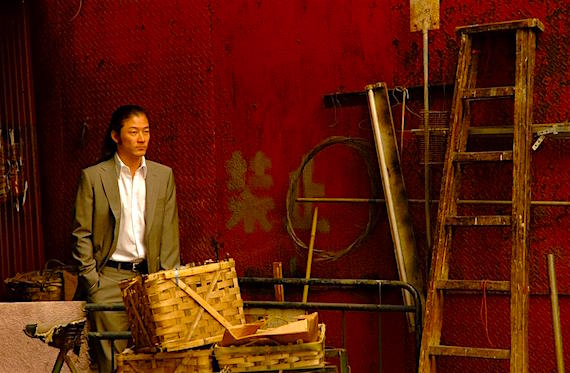 Tadanobu Asano's good looks can't pull our eyes away from where he stands. This stance is both literal and metaphorical. Invisible Waves Pen-Ek Ratanaruang, 2006 Cinematography | Christopher Doyle