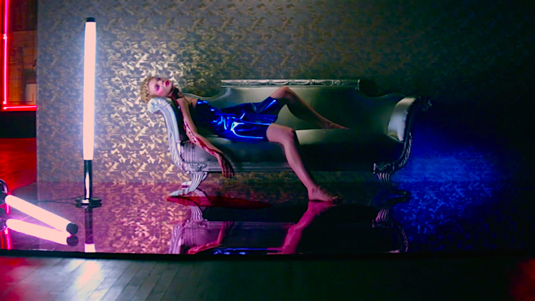 And, cue the tipping point... The Neon Demon Elle Fanning Nicolas Winding Refn, 2016 Cinematography | Natasha Braier