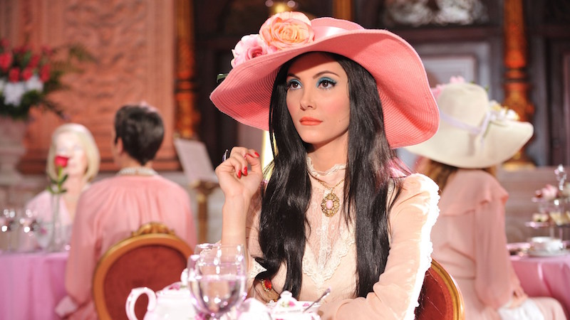 Will the use of The Craft bring her love? Samantha Robinson The Love Witch Anna Biller, 2016 Cinematography | M. David Mullen