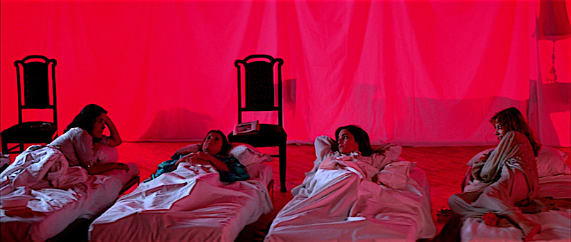 A snoring witch? Suspiria Dario Argento, 1977 Cinematography | Luciano Tovoli